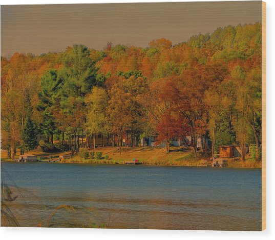Autumn On Mt Noris Lake Wood Print by Victoria Sheldon