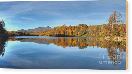 Autumn Sunrise At Price Lake Wood Print