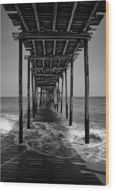 Avon Fishing Pier Wood Print
