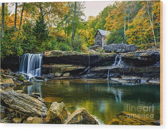 Babcock Falls As The Leaves Turn Wood Print by Mark East