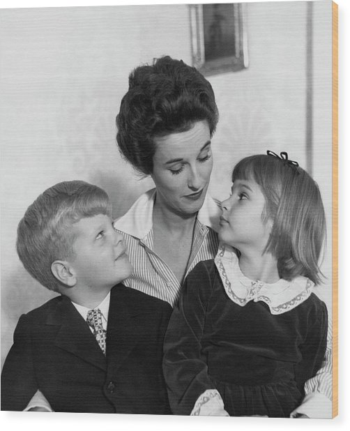 Babe Paley And Her Young Children Wood Print by Frances McLaughlin-Gill