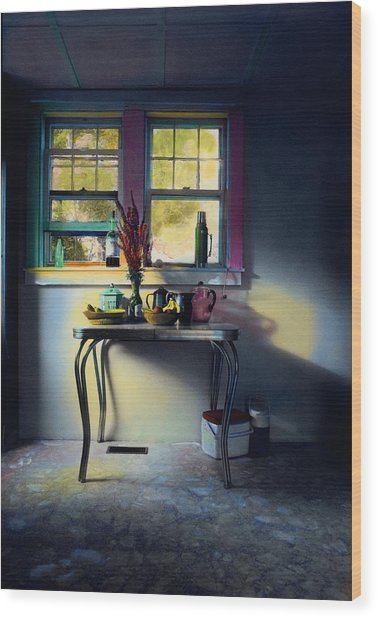 Bachelor's Kitchen - V Wood Print