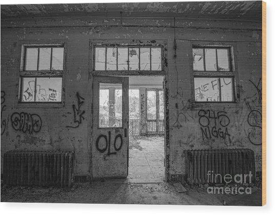 Balcony Entrance Bw Wood Print