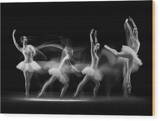 Balerina Art Wave Wood Print