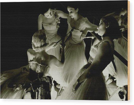 Ballerinas In Radio City Music Hall Wood Print