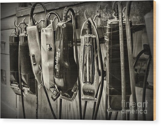Barbershop Clippers In Black And White Wood Print