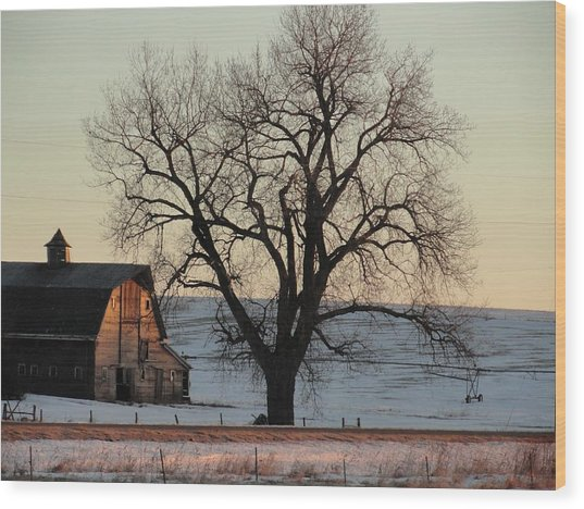 Barn At Sunrise Wood Print