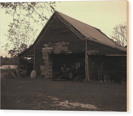 Barn In Moultrie Georgia 2004 Wood Print