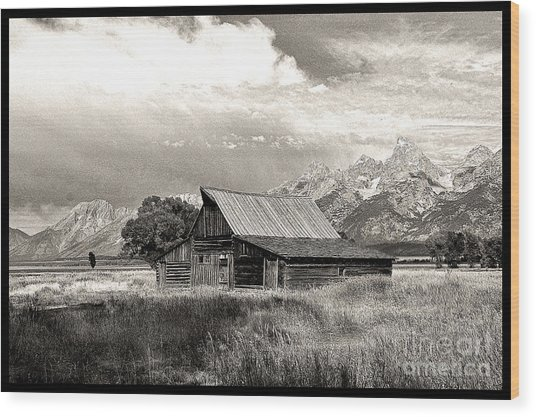 Barn In The Tetons Wood Print by Robert Kleppin
