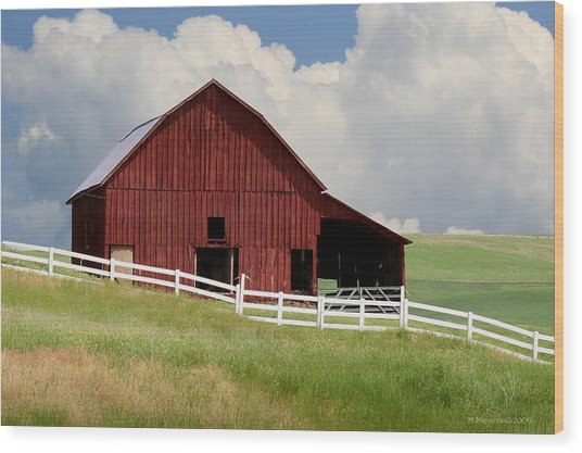 Barn Of The Palouse Wood Print by Melisa Meyers
