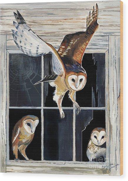 Barn Owl Family Wood Print
