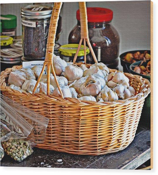 Basket Of Garlic Wood Print