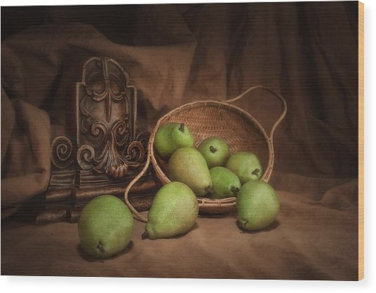 Basket Of Pears Still Life Wood Print