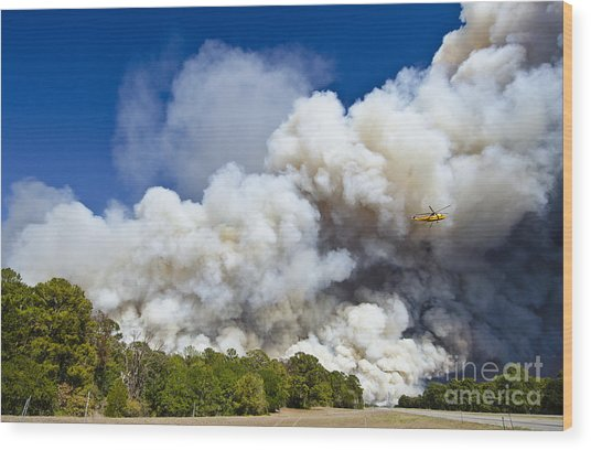 Bastrop Burning Helicopter Wood Print