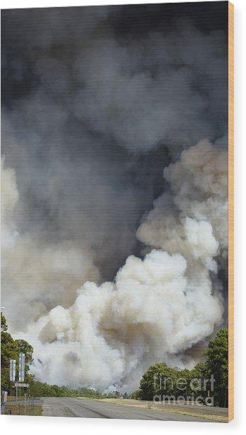 Bastrop Wildfire Crosses Hwy 71 Wood Print