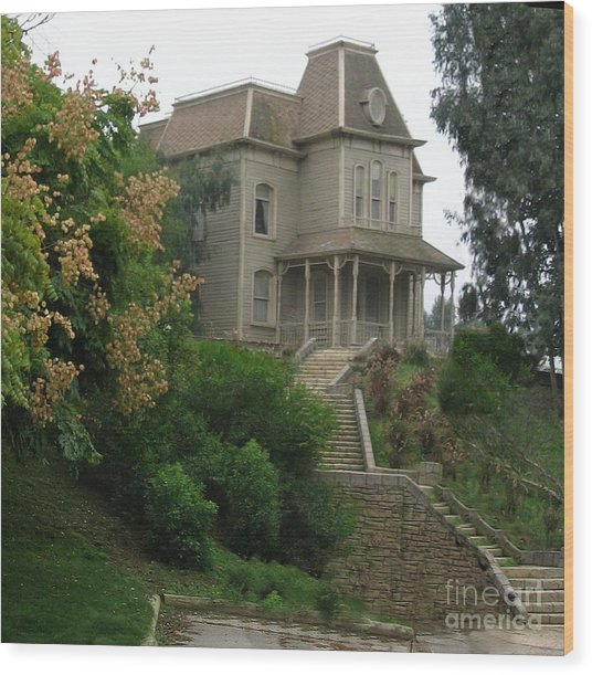House Of Norman Bates Wood Print