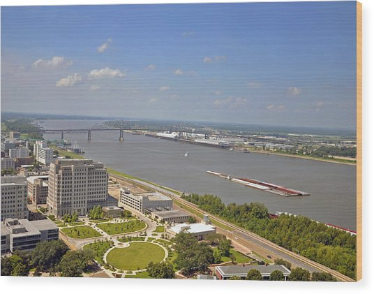 Baton Rouge's Mississippi River Wood Print