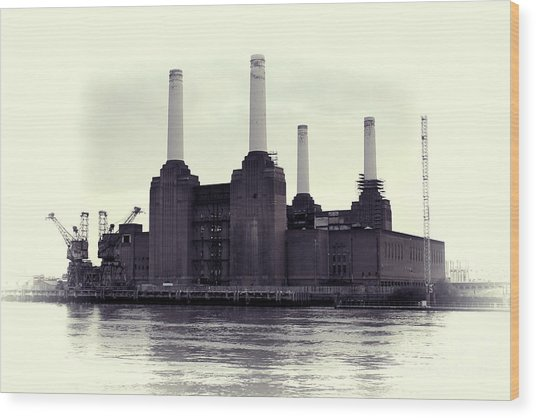 Battersea Power Station Vintage Wood Print