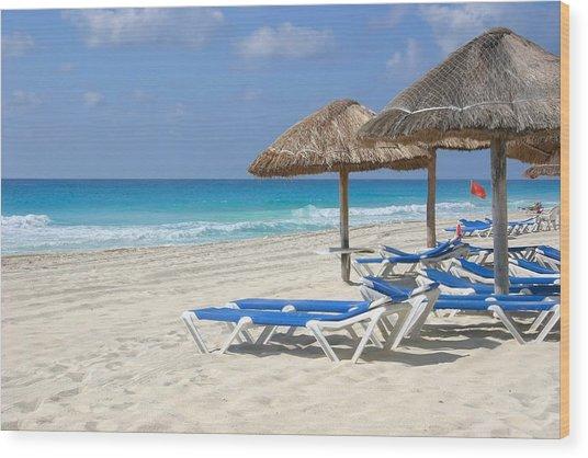Beach Chairs In Cancun Wood Print