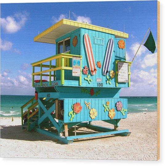Beach Life In Miami Beach Wood Print