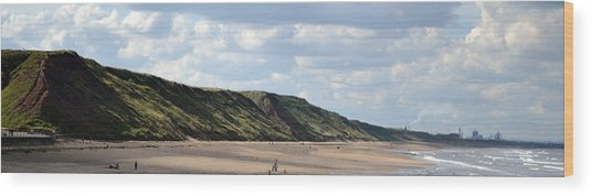 Beach - Saltburn Hills - Uk Wood Print