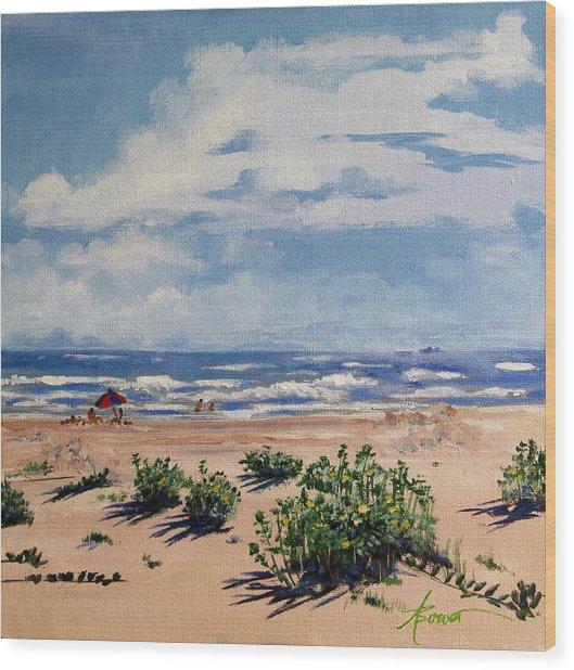 Beach Scene On Galveston Island Wood Print