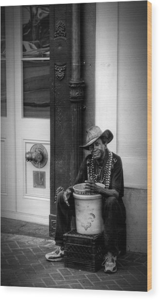 Beads And Bucket In New Orleans In Black And White Wood Print