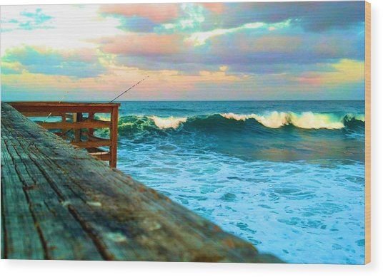 Beauty Of The Pier Wood Print