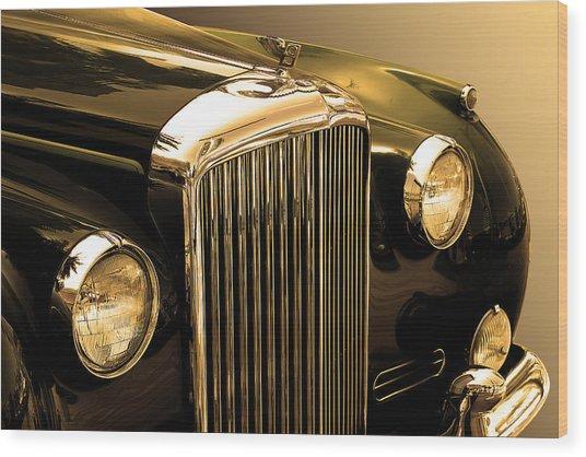 Bentley Logo Close Up  Wood Print by Radoslav Nedelchev