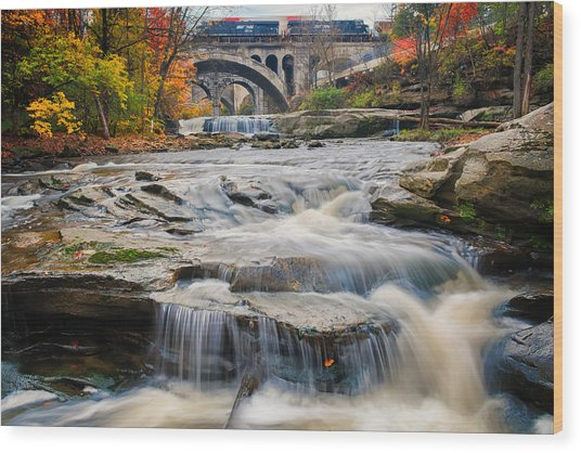 Berea Waterfalls In Autumn Wood Print