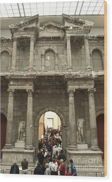 Berlin - Pergamon Museum - No.02 Wood Print by Gregory Dyer