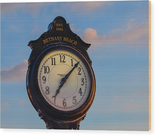 Bethany Beach Clock Wood Print