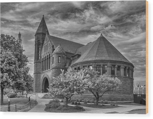 Billings Library At Uvm Burlington  Wood Print
