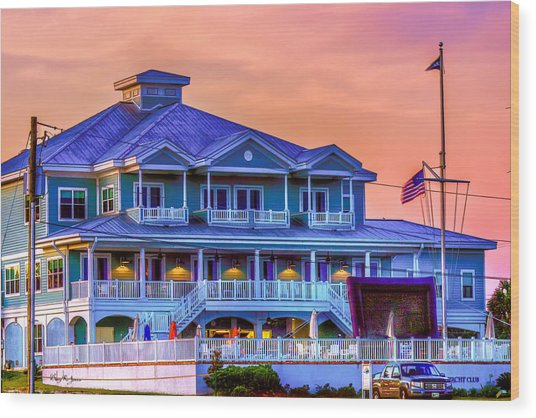 Architecture - Biloxi Yacth Club Wood Print by Barry Jones
