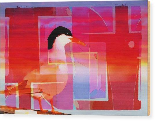 Bird By The Bay Wood Print