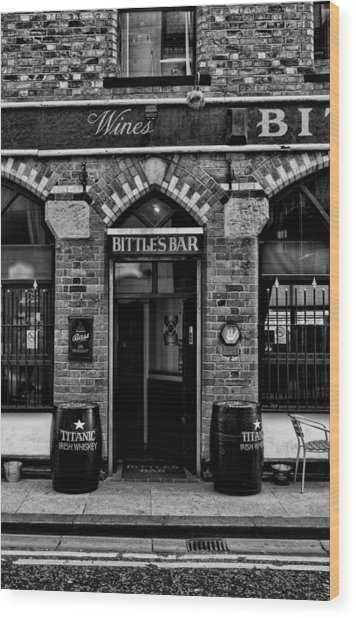 Bittles Bar Wood Print