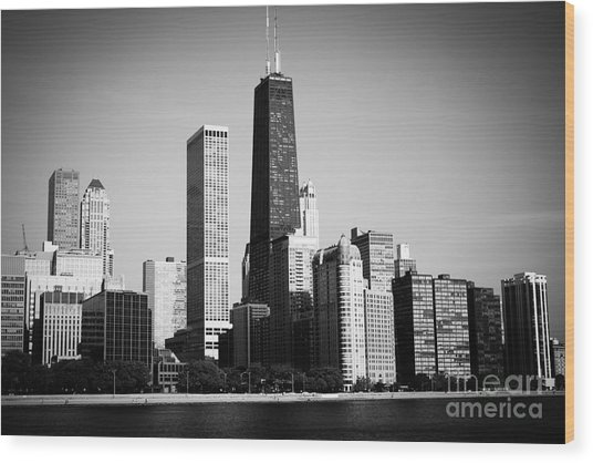 Black And White Chicago Skyline With Hancock Building Wood Print