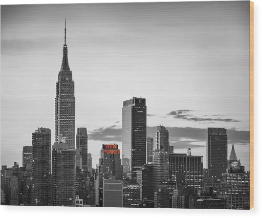 Black And White Version Of The New York City Skyline With Empire Wood Print