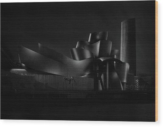 Black (guggenheim) Angle Iv Wood Print