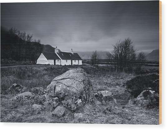 Black Rock Cottage - Glencoe Wood Print