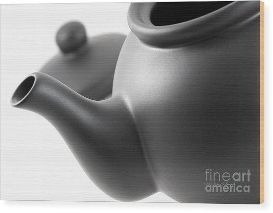 Black Teapot Wood Print