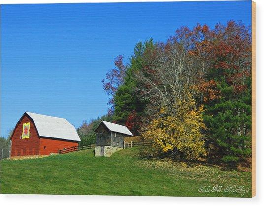 Blue Ridge Parkway Barn With Fall Trees Wood Print