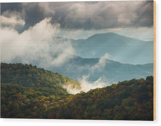 Blue Ridge Parkway Nc Autumn Morning Wood Print by Dave Allen