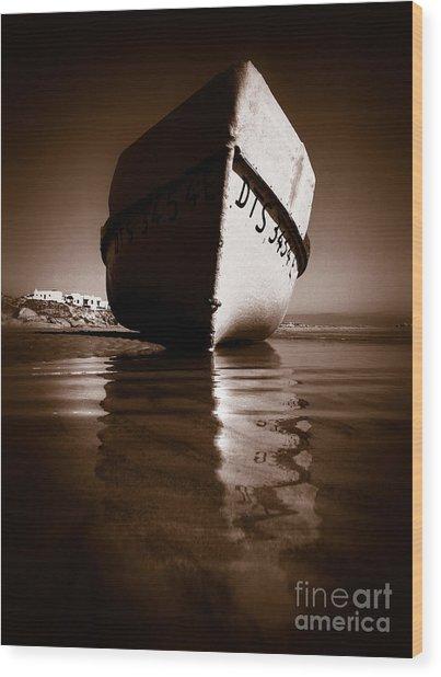 Boat On A Beach Wood Print