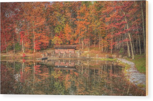 Boathouse At Boley Lake Wood Print