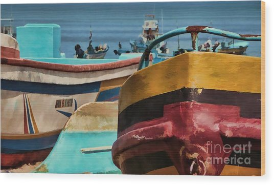 Boats On The Beach - Puerto Lopez - Ecuador Wood Print