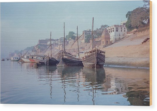 Boats On The Ganges River Wood Print