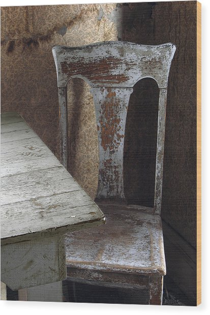 Bodie Chair And Table Wood Print by David Marr