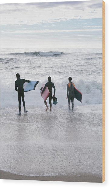 Bodyboarders Wood Print by Gustoimages/science Photo Library