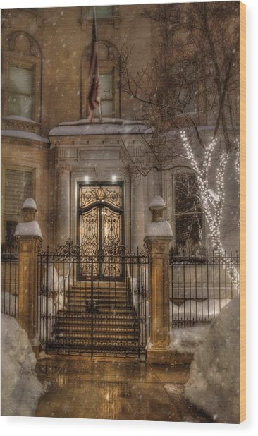 Boston Doorway In Snow - Back Bay Wood Print